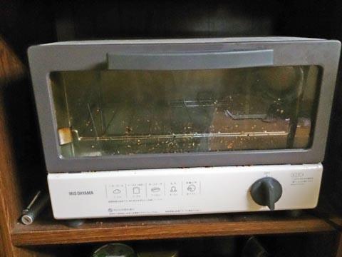 アイリスオーヤマのオーブントースターEOT-100