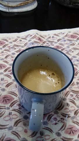 ネスプレッソ(Nespresso)U(ユー)で入れたエスプレッソはクレマもたっぷり
